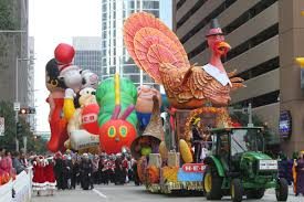 watch love at the thanksgiving day parade houston continues the tradition with a spectacular thanksgiving