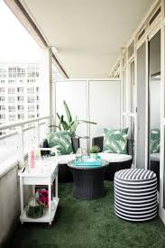 Indoor Balcony by 25 Best Condo Balcony Ideas On Pinterest Small Patio Balcony