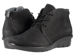 womens desert boots size 9 chukka boots shipped free at zappos