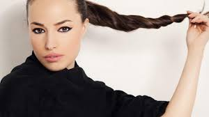 How To Do The Perfect Eyebrow How To Do The Perfect Ponytail L U0027oréal Paris