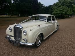 bentley white interior classic car hire u2013 wedding cars u2013 bentley s1 1956