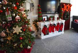 Beautiful Ways To Decorate Your Home For Christmas Christmas Decor Ideas Modern Honey