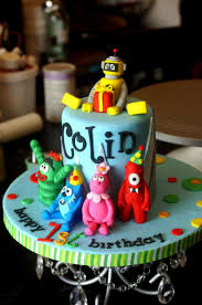 Yo Gabba Gabba Party Ideas by Yo Gabba Gabba Cake M U0027s Yo Gabba Gabba Party Pinterest Gabba