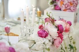 White Flower Arrangements Wedding Decoration On Table Floral Arrangements And Decoration