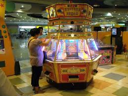 japanese amusement arcade anime amino