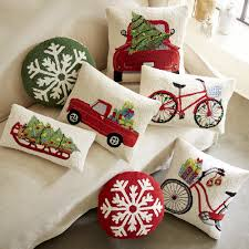 motif hooked wool pillow collection vivaterra