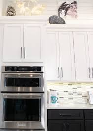 how to do crown molding on kitchen cabinets lines above and below kitchen cabinet crown