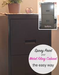 painting metal file cabinets here is the easy way to spray paint a metal filing cabinet huis