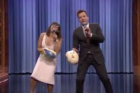 jimmy fallon and rashida jones sing hotline bling as a