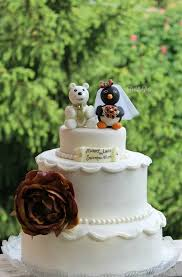 wedding cake sederhana polar and penguin wedding cake topper custom cake