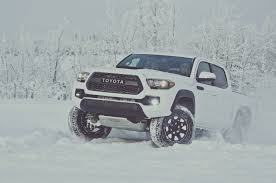 toyota tacoma best year model 2017 toyota tacoma reviews and rating motor trend