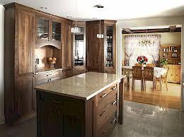 cuisine en noyer rénovations de cuisines er gestion rénovation le spécialiste de