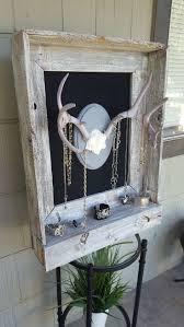 Deer Hunting Home Decor by Best 20 Deer Decor Ideas On Pinterest Deer Horns Decor Hallway