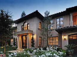 kim kardashian sells beverly hills home ny daily news