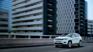 jeep ads 2017 2017 jeep compass revealed looks like a smaller grand cherokee