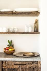 planche en bois cuisine etagere cuisine bois planche à wagon laurent passe