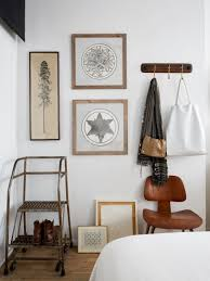 Ukrainian Apartment Interiors Musician The 3 000 Remodel 17 Tips From A Nyc Creative Couple