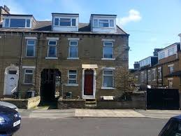 Four Bedroom House by Four Bedroom House To Let At Rand Street Bd7 1rw In Bradford