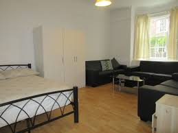3 Bedroom House To Rent In Bromley Flats To Rent In London Long Lets Houses Studios Penthouses