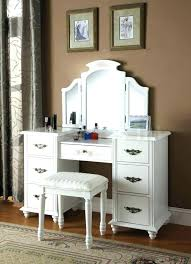 Desk For A Small Bedroom Small Bedroom Desk Ideas Twwbluegrass Info