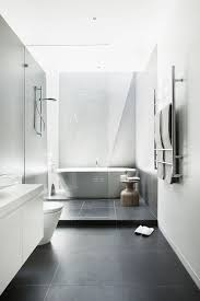 bathroom tile ideas 2011 best 25 room bathroom ideas on tub modern diy