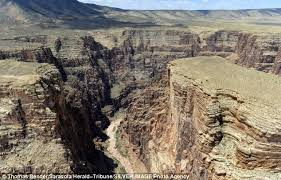 nik wallenda attempts cross grand canyon tightrope