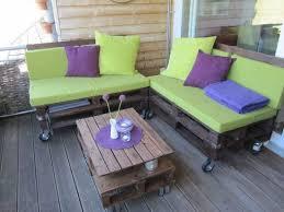 canapé exterieur en palette matelas salon de jardin en palette idées de décoration capreol us