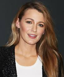 shortest hairstyle ever blake lively hair cut new style trends bob lob chop