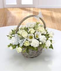wedding flowers belfast a gem basket flowers are us belfast florist bouquets