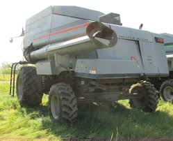 1991 gleaner r70 combine item a8584 sold august 28 ag e