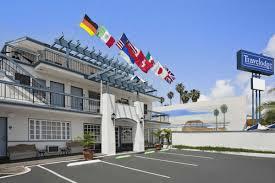 hotelname city hotels ca 92037