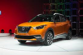 nissan kicks crossover shoo in 2018 nissan kicks compact suv comes to us