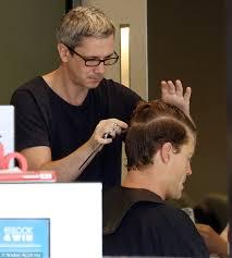 clip snip hair styles dr chris brown gets his hair cut i m a celebrity australia in