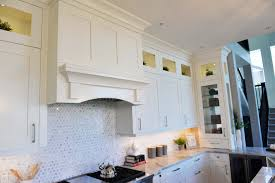 Shaker Style White Kitchen Cabinets by Shaker Style Custom Kitchens Moda Kitchens