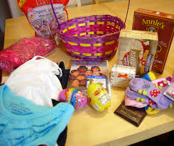 inexpensive easter baskets make an inexpensive eco friendly easter basket free coupons
