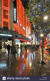 house fraser department store with shoppers in uk oxford street