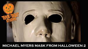 review michael myers mask from halloween ii by trick u0027or u0027treat