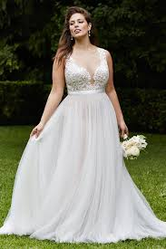 20 lovely and affordable wedding dresses for ladies with curves