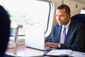 Picture Of Someone Sleeping At Their Desk What Successful People Do On Their Commute Reader U0027s Digest