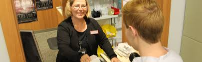 pharmacy open thanksgiving pharmacy
