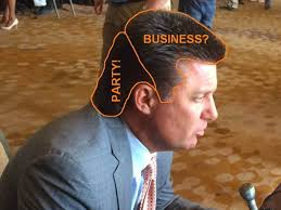 Oklahoma State Memes - oklahoma state selling mike gundy mullet and visor t shirts