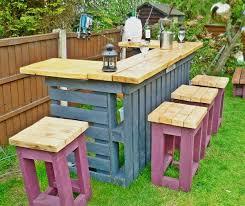 bar canap bar de jardin en bois canap chaise banc un meuble palette pour tous