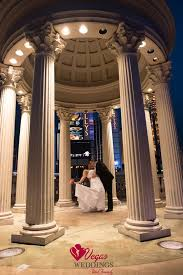 wedding arch las vegas 33 best outdoor weddings vegas weddings images on