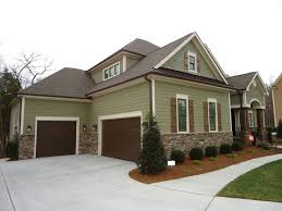 House Exterior Paint Ideas Best 25 Brown House Exteriors Ideas On Pinterest Home Exterior