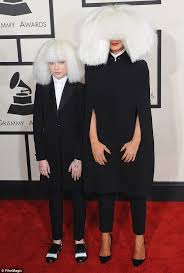 Chandelier Singer Sia S Chandelier Muse Maddie Ziegler Reveals The Singer Contacted
