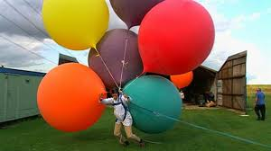 balloons for men i didn t that lifting a with helium balloons