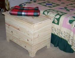 this shaker blanket chest is made from free woodworking plans at