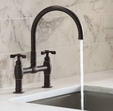 best kitchen faucets 2013 best faucet buying guide consumer reports