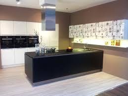 kchen modern mit kochinsel 2 uncategorized ehrfürchtiges kuchenideen mit kochinsel und kchen