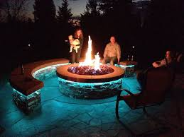 Fire Pit Lava Rock by Best 25 Diy Gas Fire Pit Ideas On Pinterest Firepit Glass Gas